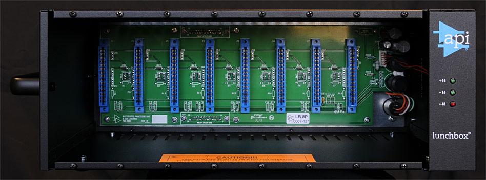 API 8B 8 slot lunchbox