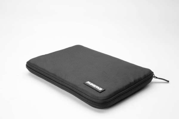 Magma Laptop Sleeve 15  Black DEMO