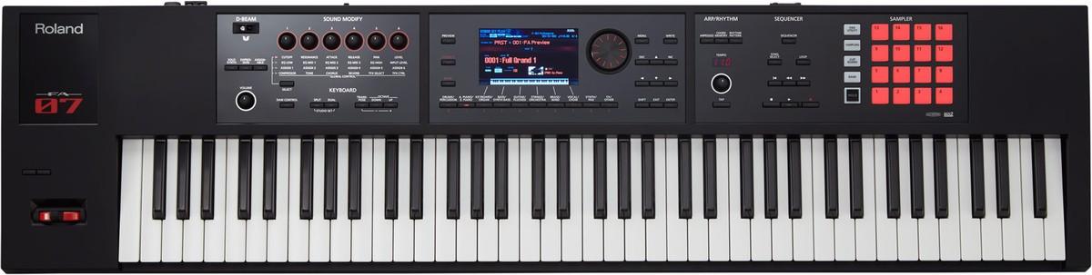 Roland FA 07 Music Workstation