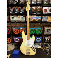 Fender Jazz Bass Gold 1981 1982 Vintage White OCC
